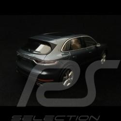 Porsche Cayenne 2017 biskayablau metallic 1/43 Minichamps WAP0203110J