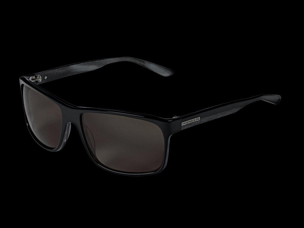 Lunettes de soleil Porsche noires et grises   verres gris Porsche Design  WAP0750060F -. c6fa9c3e9234