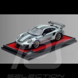 Porsche 911 GT2 RS type 991 Weissach Argent métallisé 1/12 Spark WAX02200005