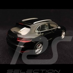 Porsche Macan Turbo 2013 black 1/43 Minichamps WAP0201520E
