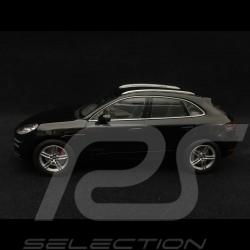 Porsche Macan Turbo 2013 schwarz 1/43 Minichamps WAP0201520E