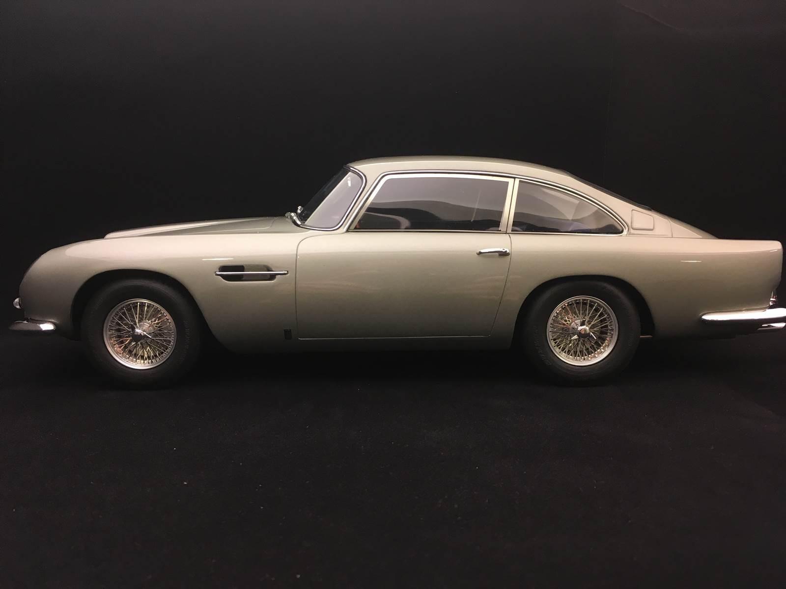 Aston Martin Db5 1964 Silver Birch 1 12 Gt Spirit Gt765 Selection Rs