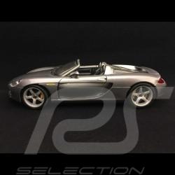 Porsche Carrera GT 2003 gris 1/18 Maisto 36622