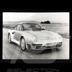 Photo Porsche 959 3/4 avant 1986 noir et blanc black white schwarz weiß