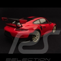 Porsche 911 GT2 RS type 991 Weissach Package 1/18 Spark WAX02100037 rouge / noir red / black rot / schwarz