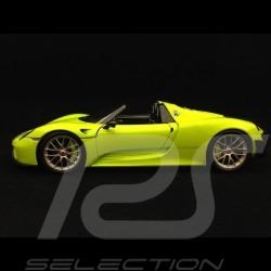 Porsche 918 Spyder Pack Weissach hellgrün / kohlenstoff 1/18 Minichamps 113062444