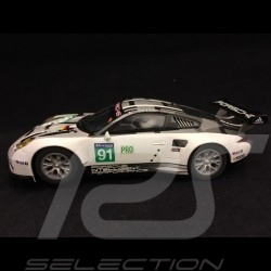 Slot car Porsche 911 RSR 24h Le Mans 2016 n° 91 Manthey 1/32 Scalextric C3851