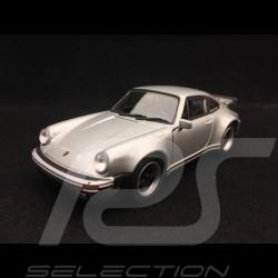 Porsche 911 Turbo 3.0 1975 jouet à friction Welly gris métallisé pull back toy Spielzeug Reibung silver grey silbergrau