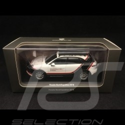 Porsche Cayenne World expedition 2018 Porsche Experience 1/43 Minichamps WAP0203150J