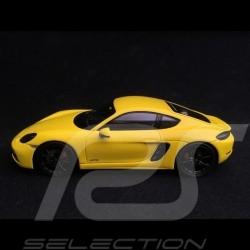 Porsche 718 Cayman GTS type 982 2018 racing yellow 1/43 Spark S7618
