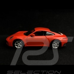 Porsche 911 type 992 Carrera 4S Coupe lava orange Pullback toy 1/43 Maisto WAP0200270K