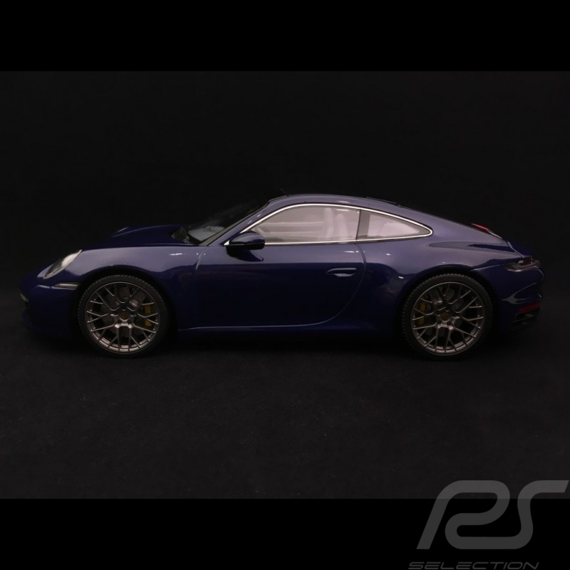 Porsche 911 type 992 Carrera 4S Coupe bleu gentiane gentian blue Enzianblau 1/18 Minichamps WAP0211830K