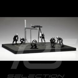 Diorama figurines Set Pit stop 6 mechanics - Black 1/43 IXO FIG003SET