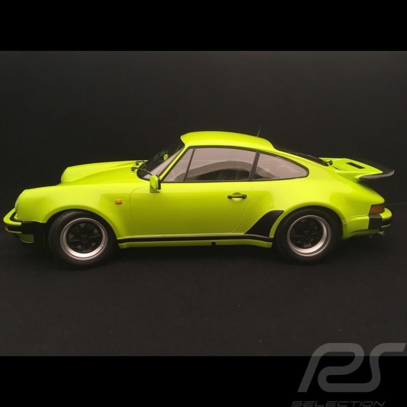 Porsche 911 3.0 turbo 1975 light green 1/12 Minichamps 125066119