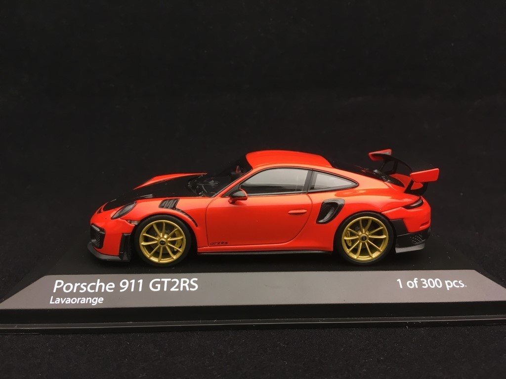 Minichamps Porsche Gt2 Rs 991