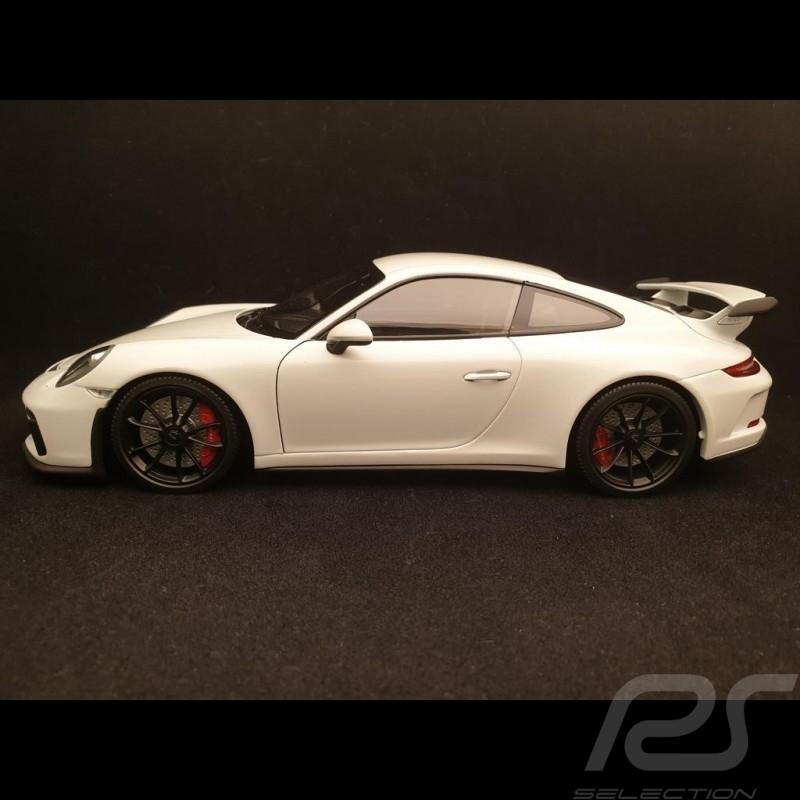 Porsche 911 GT3 2017 metallic white 1/18 Minichamps 110067032