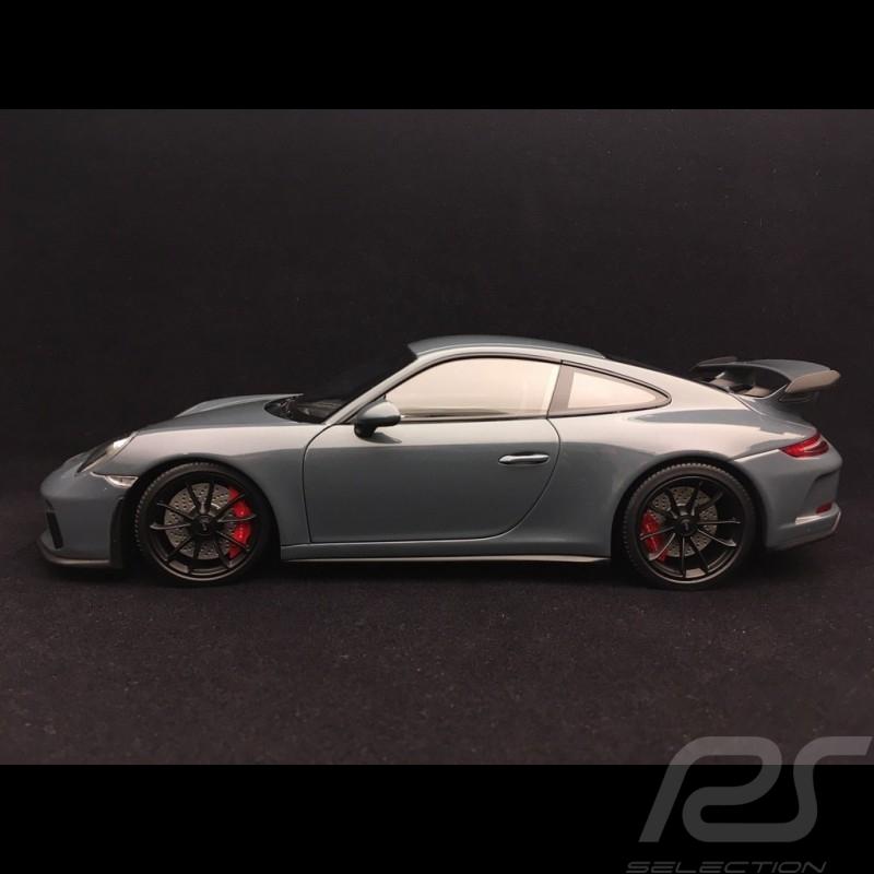 Porsche 911 GT3 2017 metallic blue 1/18 Minichamps 110067033