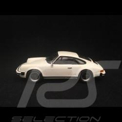 Porsche 911 SC 3.0 1979 Grand Prix weiß 1/43 Minichamps 940062020