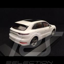 Porsche Cayenne Turbo S e-hybrid 2019 Carrara white 1/43 Minichamps WAP0203140K