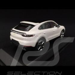 Porsche Cayenne e-hybrid Coupé 2019 white 1/43 Norev WAP0203170K