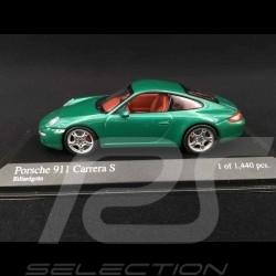 Porsche 997 Carrera S Phase 1 2005 verte 1/43 Minichamps 400063022