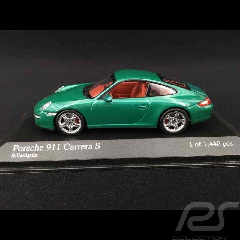 Porsche 997 Carrera S Mk 1 2005 green 1/43 Minichamps 400063022