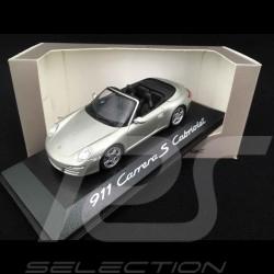 Porsche 911 Carrera S Cabriolet gris
