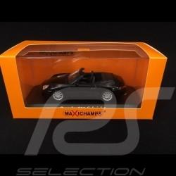 Porsche 911 type 996 Cabriolet 2001 black 1/43 Minichamps 940061030