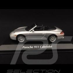 Porsche 911 type 996 Cabriolet 2001 argent 1/43 Minichamps 940061031