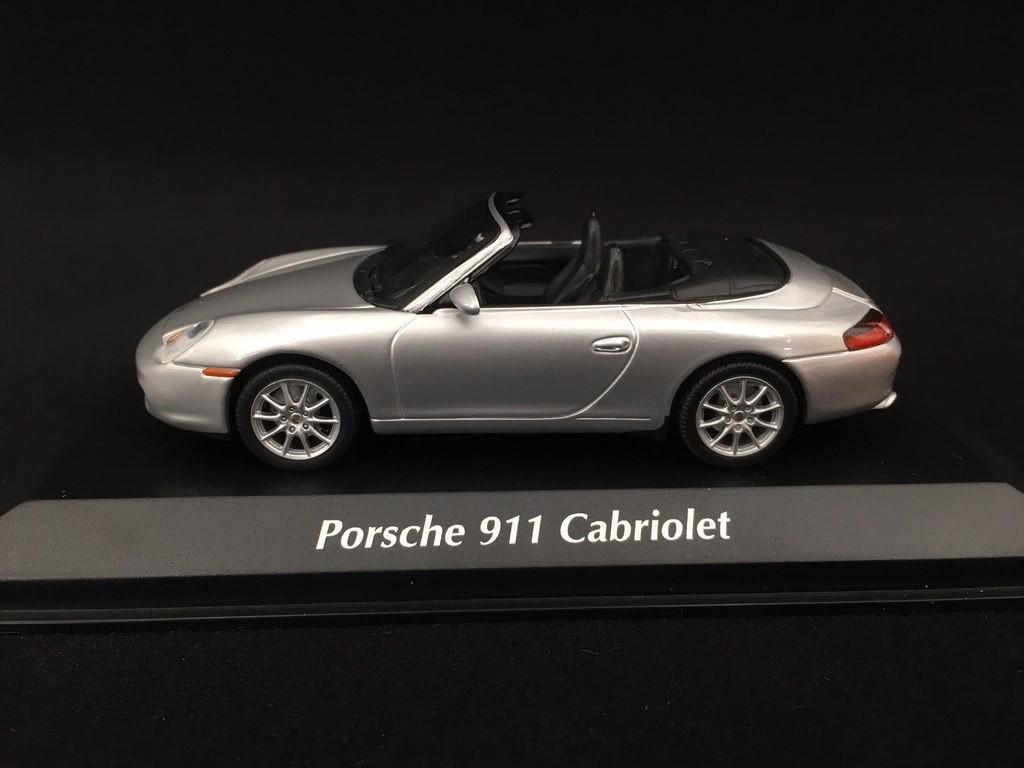 Minichamps 1:43 Porsche 911 cabriolet 2001-Silver 996