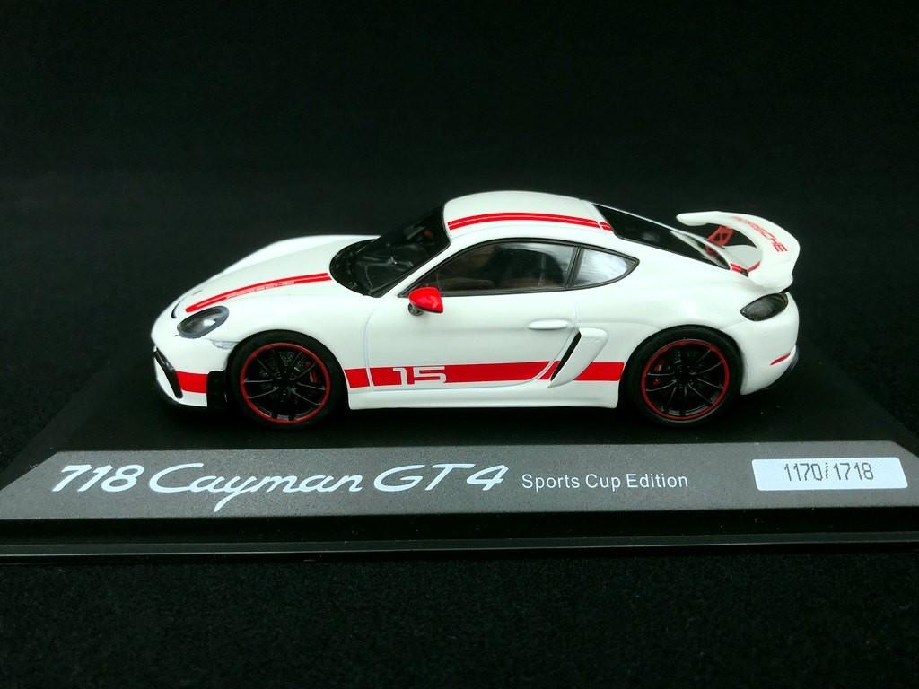 Porsche 718 Cayman Gt4 Sports Cup Edition White Red 1 43 Minichamps Wap0204140lexc Selection Rs