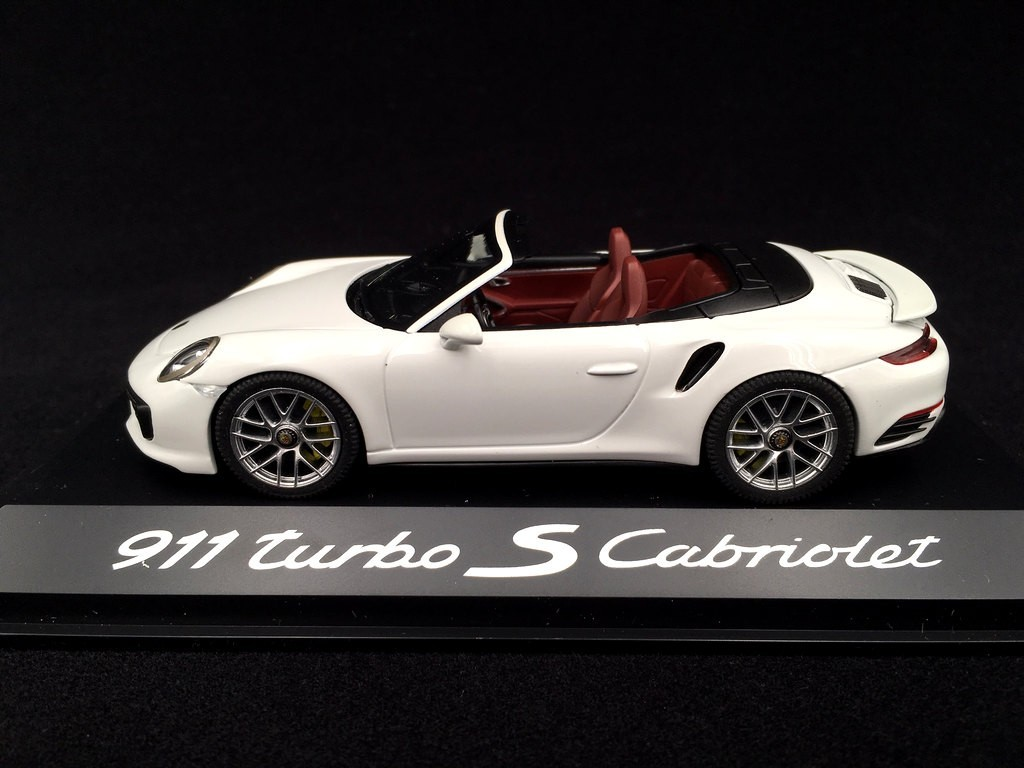Porsche 991 Turbo S Cabriolet 2016 White 1 43 Herpa Wap0201340g Selection Rs