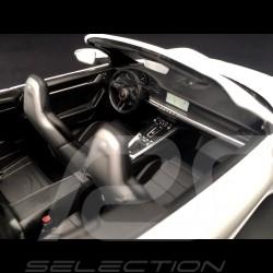 Porsche 911 type 992 Carrera 4S Cabriolet 2019 White 1/18 Minichamps 155067330