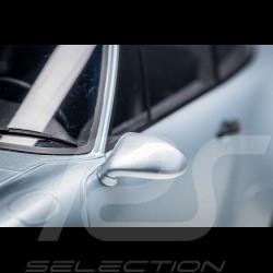 "Porsche 911 type 964 Carrera 4 "" 30 Years Porsche 911 "" 1993 Polar grey 1/8 Minichamps 800656001"