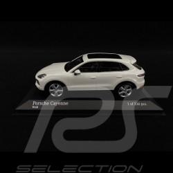 Porsche Cayenne 2017 blanc 1/43 Minichamps 410066302