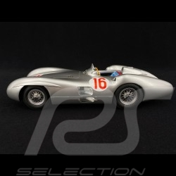 Mercedes-Benz F1 W196 Streamliner n° 16 Winner GP Italy 1954 1/18 CMR CMR066