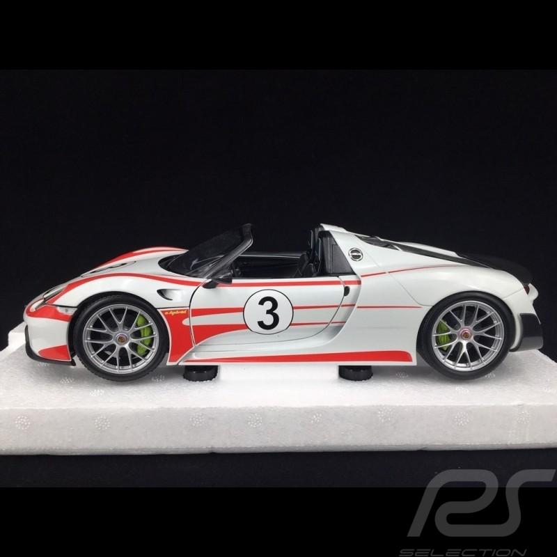 Porsche 918 Spyder Salzburg white red stripes 1/18 Minichamps 110062441