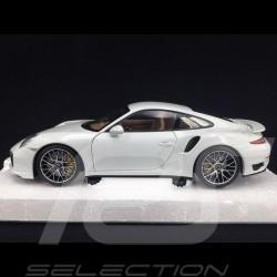 Porsche 911 type 991 Turbo S 2013 white 1/18 Minichamps 113062321