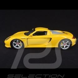 Porsche Carrera GT 2004 yellow 1/18 Minichamps 100062631
