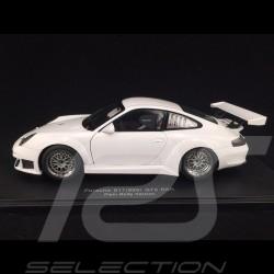 Porsche 911 GT3 RSR type 996 2005 Street Version blanche 1/18 Autoart 80584
