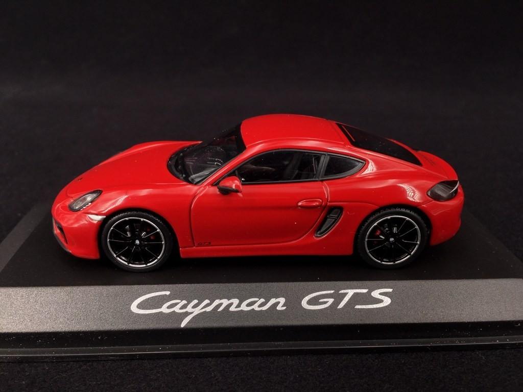 Porsche Cayman Gts Type 981 Carmine Red 1 43 Minichamps Wap0200150e Selection Rs