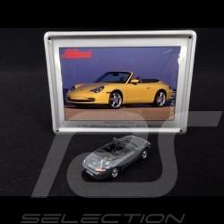 Porsche 911 Carrera Cabriolet type 996 1997 grise avec carte métalliques 1/87 Schuco 452693200