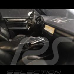 Porsche Cayenne Turbo S 2017 schwarz 1/18 Minichamps 155066070