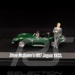 Jaguar XKSS 1957 verte avec figure Steve McQueen 1/43 GreenLight 86434