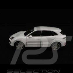 Porsche Cayenne Turbo 2018 blanc white weiß 1/24 Welly 24092W