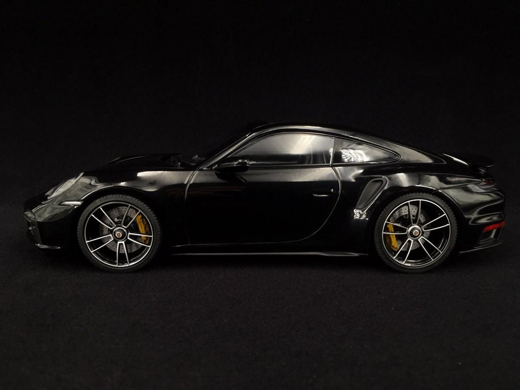 Porsche 911 Turbo S Type 992 Jet Black Metallic 2020 1 18 Minichamps Wap02117b0l002 Selection Rs