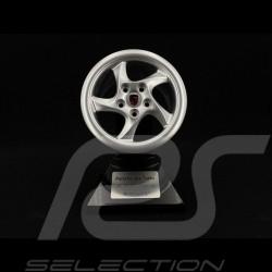 Porsche 993 Turbo Rim 1995 silver 1/5 Minichamps 500601993