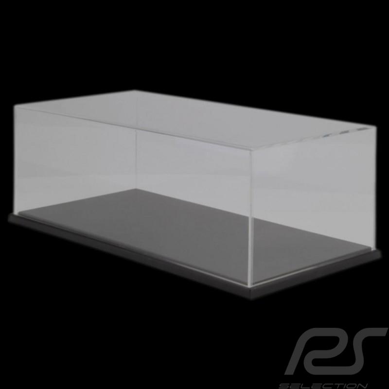 Display Case 1/8