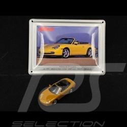 Porsche 911 Carrera Cabriolet type 996 1997 Metallic Gold avec carte métalliques 1/87 Schuco 452693200