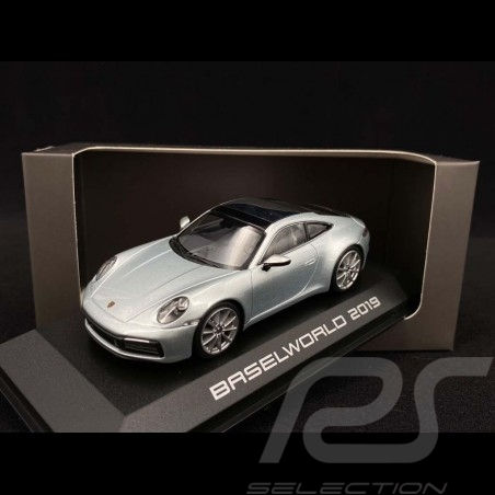 Porsche 911 Carrera S type 992 Baselworld 2019 dolomite silver 1/43 Minichamps 4046901233648